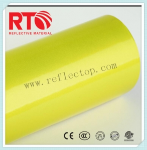 Acrylic advertisement grade reflective sheeting